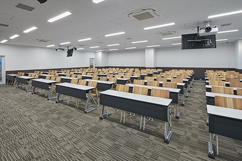大工大梅田キャンパス 椅子